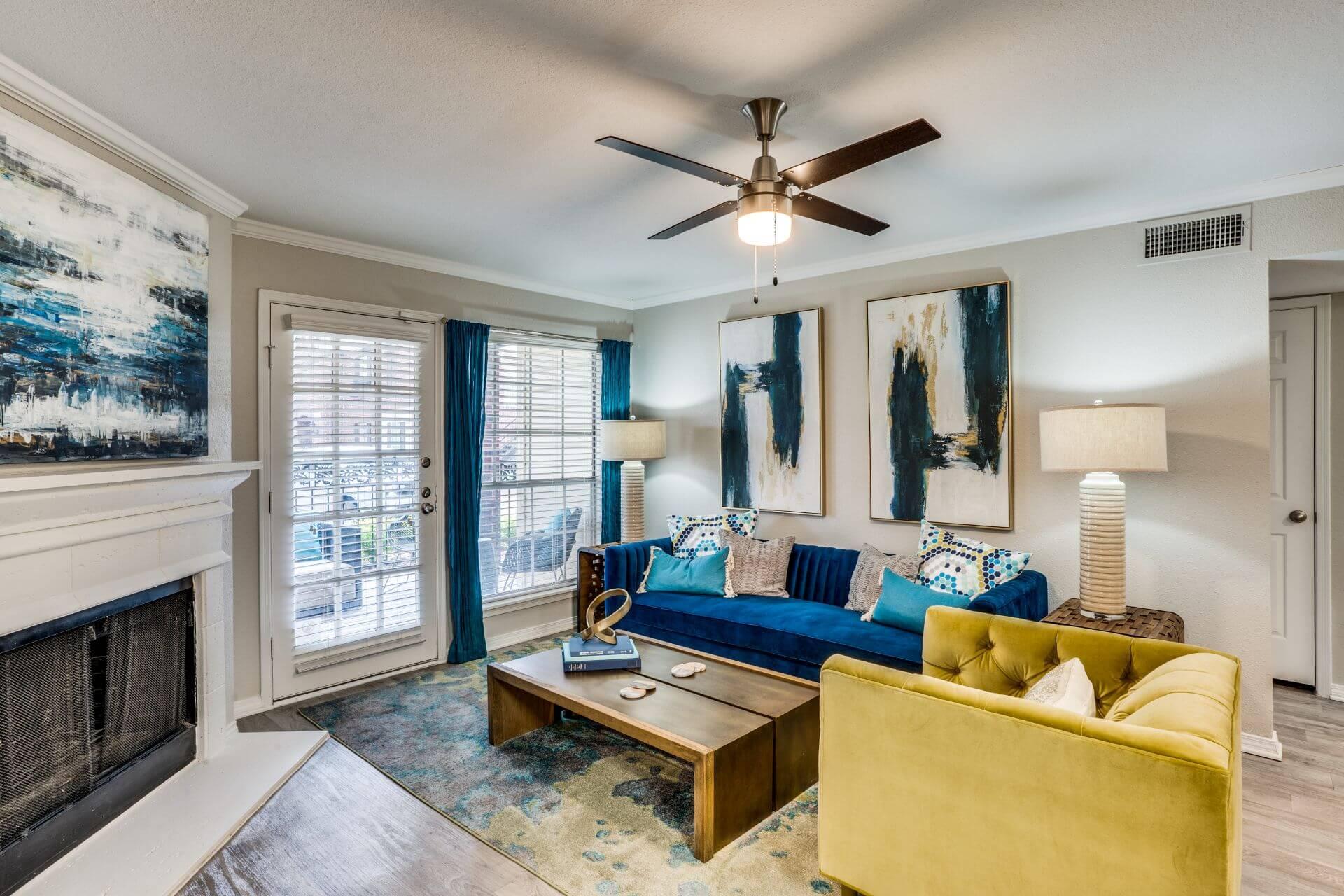 Oaks at Valley Ranch- One Bedroom Model Living Room.