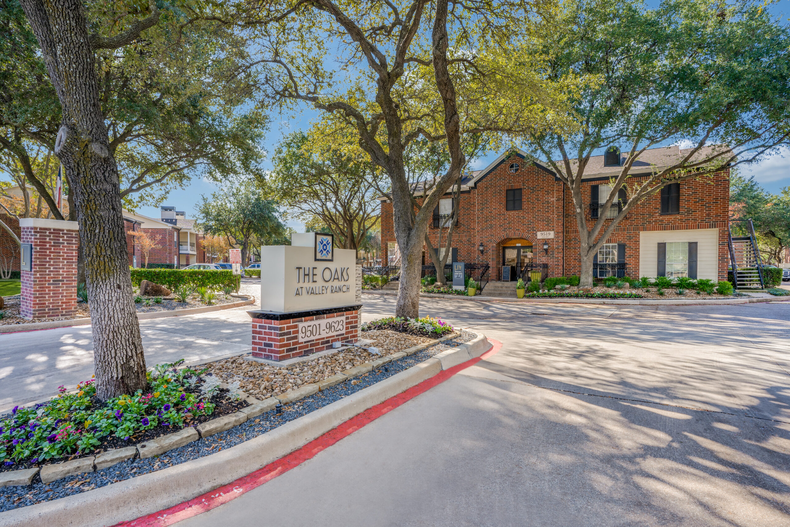 Oaks at Valley Ranch Leasing Center